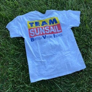 Vtg graphic colorful team sunsail tee md